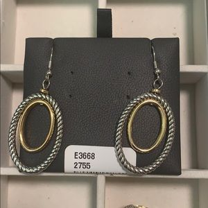 Two-tone cable DY like earrings